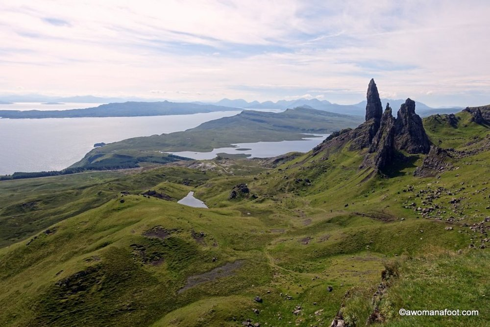 Camping on Skye: Find out where you can stop for the night along the Skye Trail: wild camp spots, camp sites and bothies. awomanafoot.com