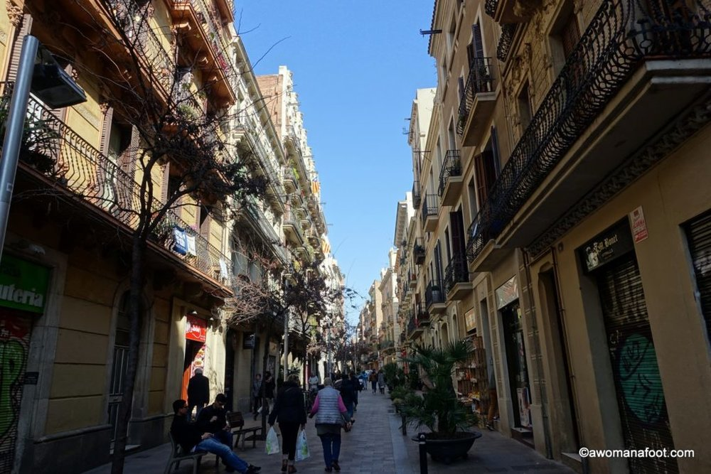 Wandering through the beautiful district of Gràcia in Barcelona. Discover the capitol of Catalonia beyond the Gothic Quarter and Sagrada Familia. awomanafoot.com What to do in Barcelona? | City guide | Travel to Spain | #Gracia #Barcelona #Spain #destination Beautiful travel destinations | Best European cities |