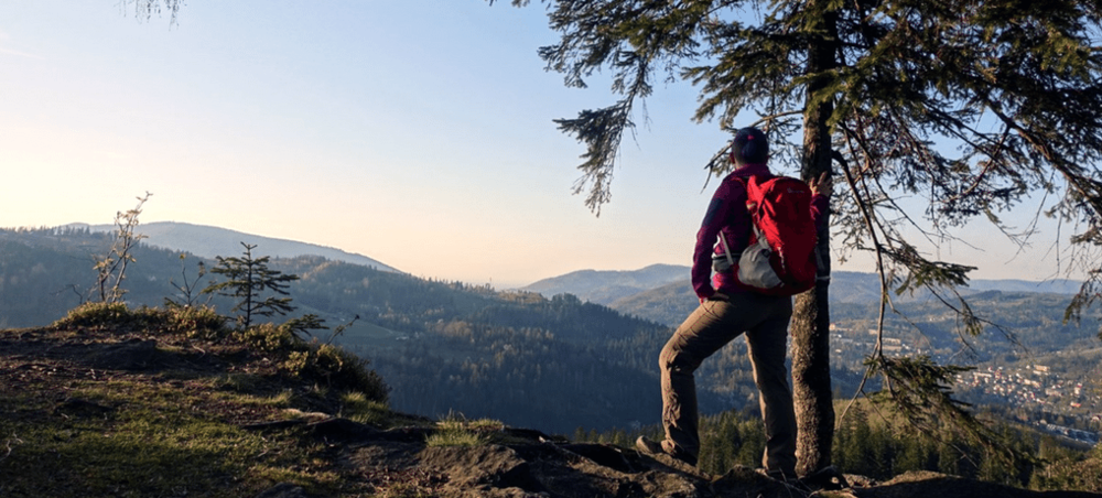Check out the awesome hiking benefits backed by science! Hit the trails today and heal your body and soul! | Hiking and Camping | Mental Health | Anxiety | Fitness | Wellness |