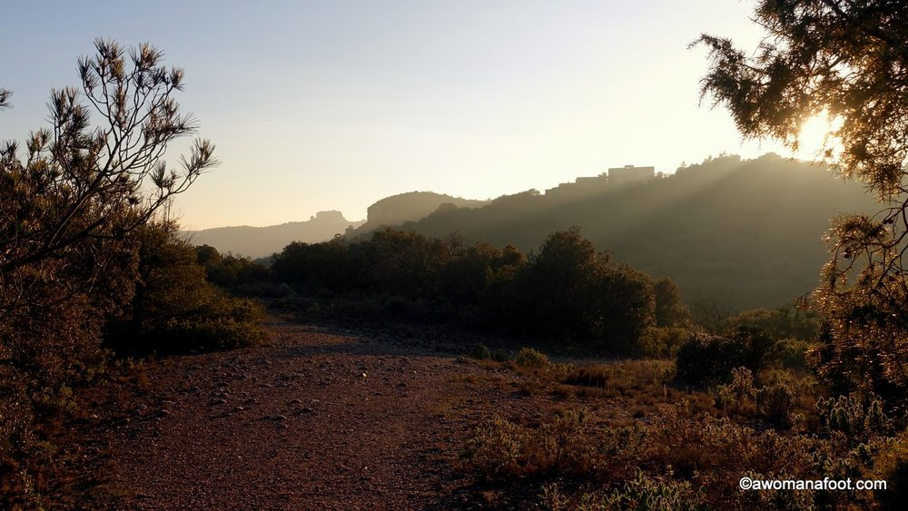 Get ready for your first SOLO hike with these 7 TIPS! How to hike solo | solo trekking for beginners | Solo hiking 101 | How to start hiking solo | Hiking tips | Female solo hikers | Awomanafoot.com