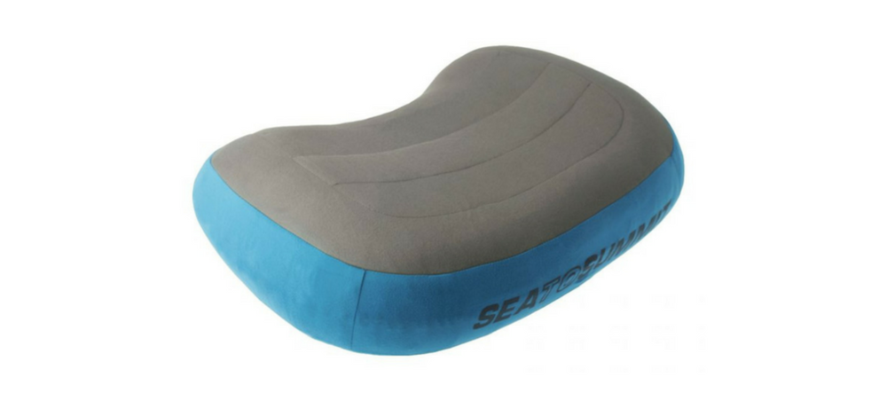 With this ultralight hiking pillow we might not have to give up our comfort for the sake of light-weight hiking! Check my review of the Sea-to-Summit AEROS Pillow Premium and see if it's worth its price @ AWOMANAFOOT.COM. Click to read more hiking & camping gear reviews! Adventure gear and hiking must-haves | Backpacking gear | Tips and advice for hikers and campers | #hiking #gear #camping #review #SeaToSummit #HikingPillow #ultralight