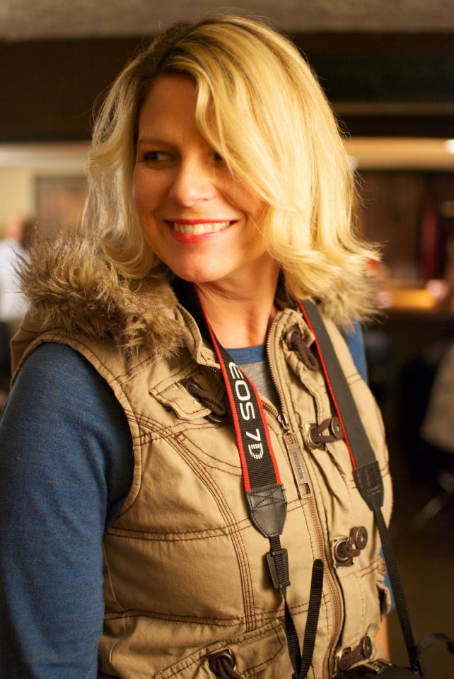 Lisa Photographer.jpg