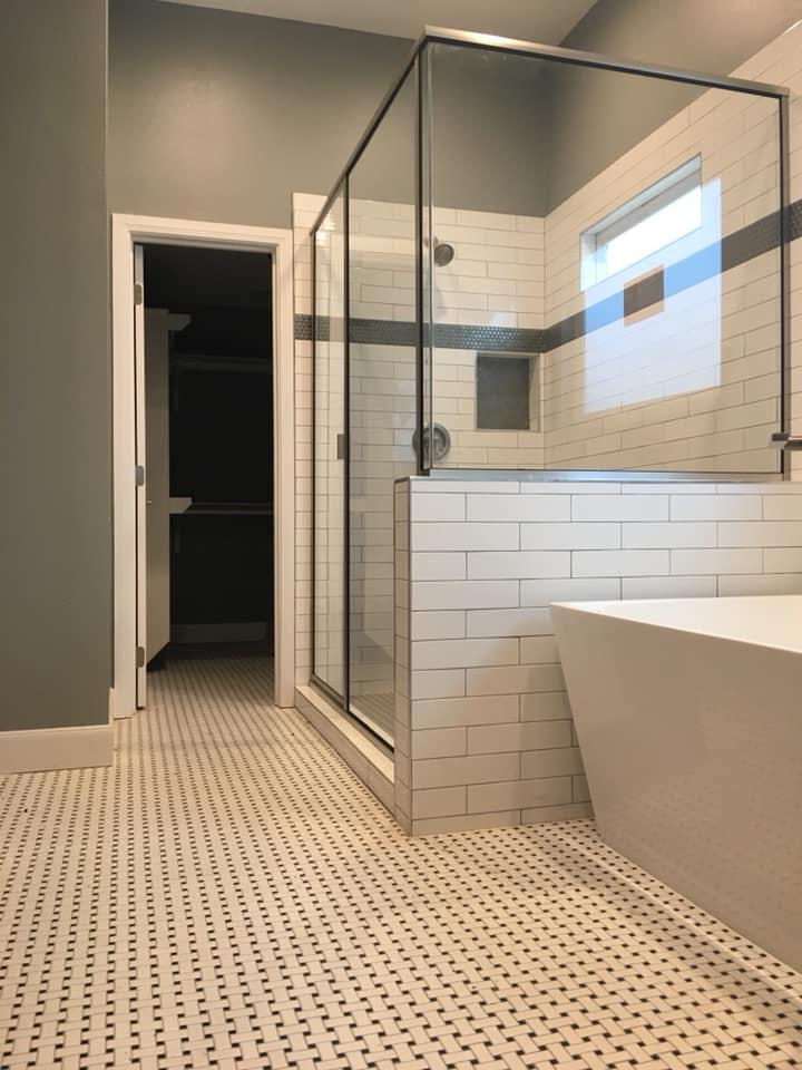bathroom addition sunrise restoration alamo heights.jpg
