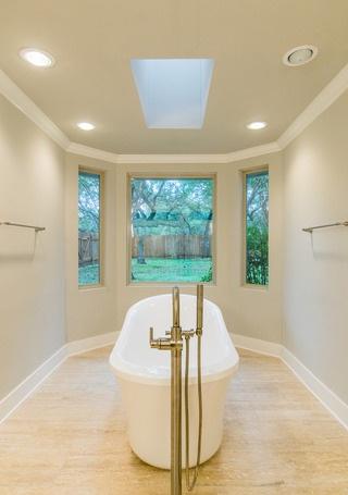 master bath remodel sunrise restoration hollywood park 2.jpg