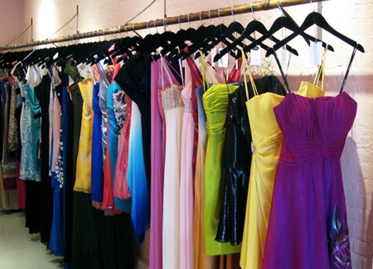 ilus-dresses.jpg