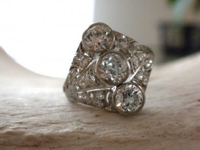 3-stone cocktail ring