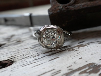 Vintage filigree and diamond ring