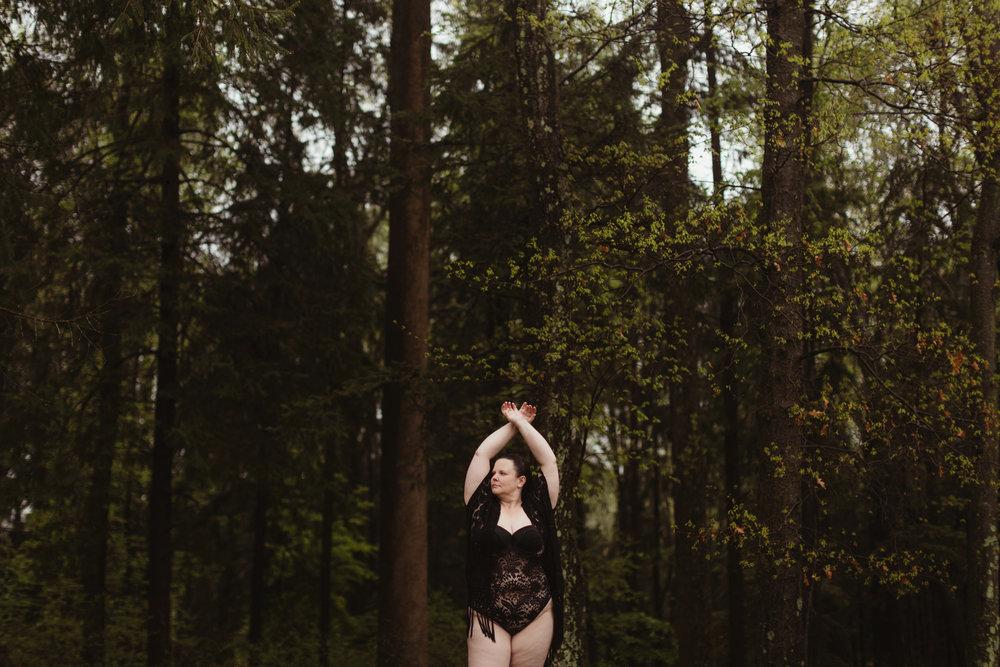 Quarter-Moon-Co-Lifestyle-Photography-Women-17.jpg