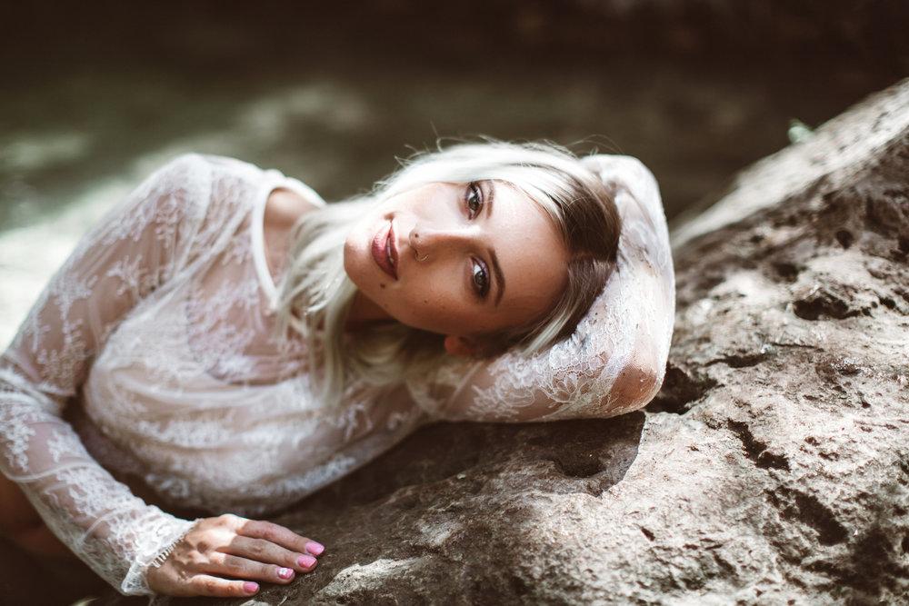 Quarter-Moon-Co-Lifestyle-Photography-Women-34.jpg