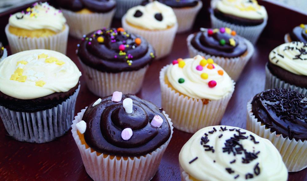 bigstock-Chocolate-And-Vanilla-Cupcakes-231581794.jpg