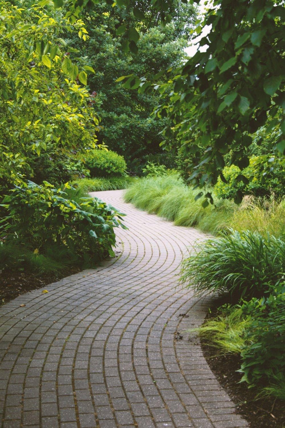 Olbrich Botanical Gardens - Madison, WI  Photo credit:  Bradow Photography