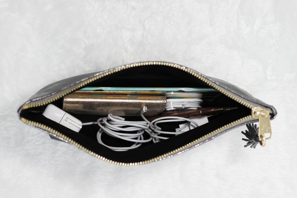 Audrey Clutch Organized