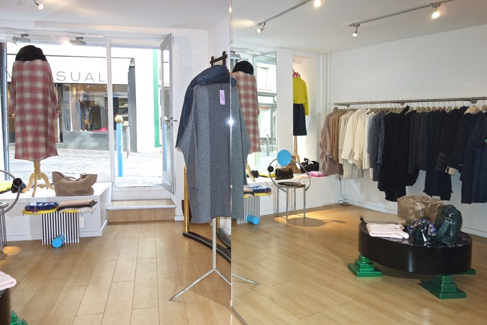 Mary Jane - Find HANIMANNS now at Mary Jane boutique,Neumarkt 21, 8001 Zürich