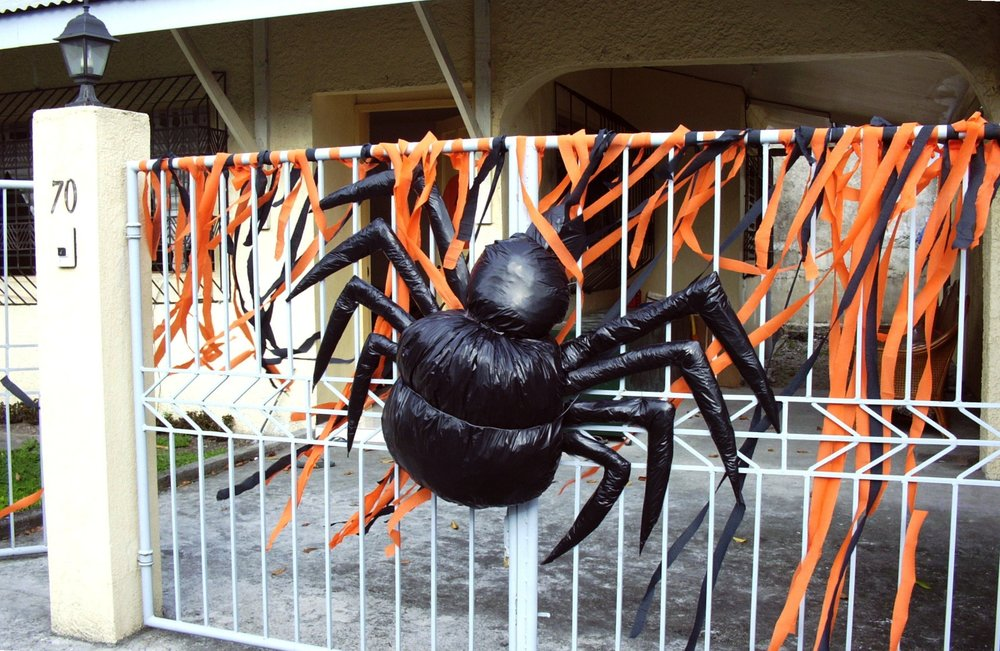 halloween-our-decor-3.jpg