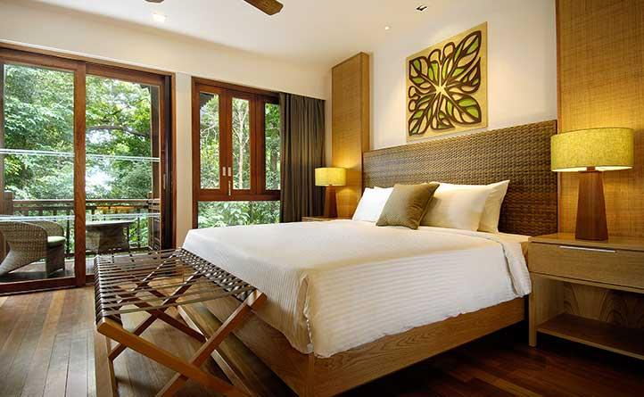 Rainforest-Studio---Bed-Side-View.jpg