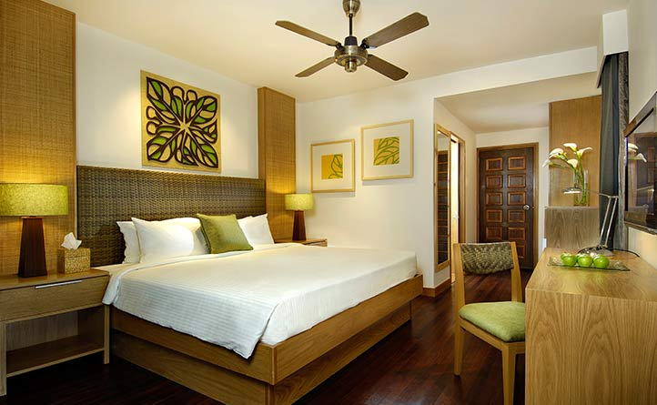 Rainforest-Chalet---Room-Interior.jpg