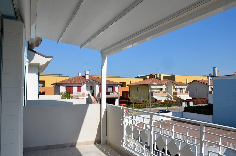Come Arredare Un Terrazzo Coperto 5 consigli per rinnovare il tuo balcone — fabbi