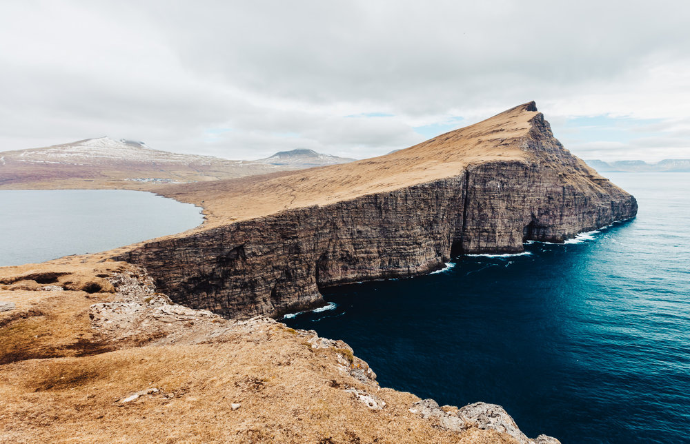 FaroeIslands-Vagar-Instagram-HansChristianStrikert-1-2.jpg