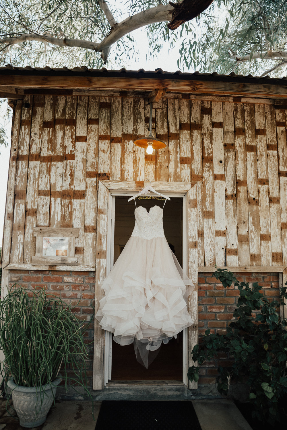 The bride had two wedding dresses, this was wedding dress number one which was just for the ceremony.