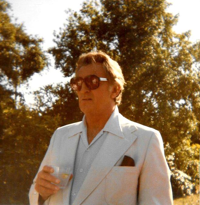 robert-mitchum1979