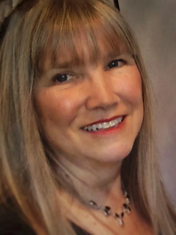 Linda Stewart-Oaten headshot_final.png