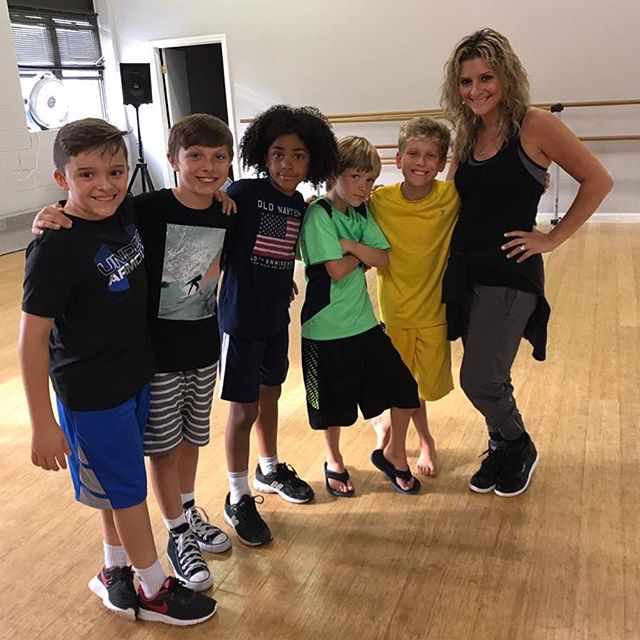 Boys Hip Hop is growing by the minute !  Know someone interested?  Classes are Wednesday 4:00-4:45 pm! (missing Jacob from photo)