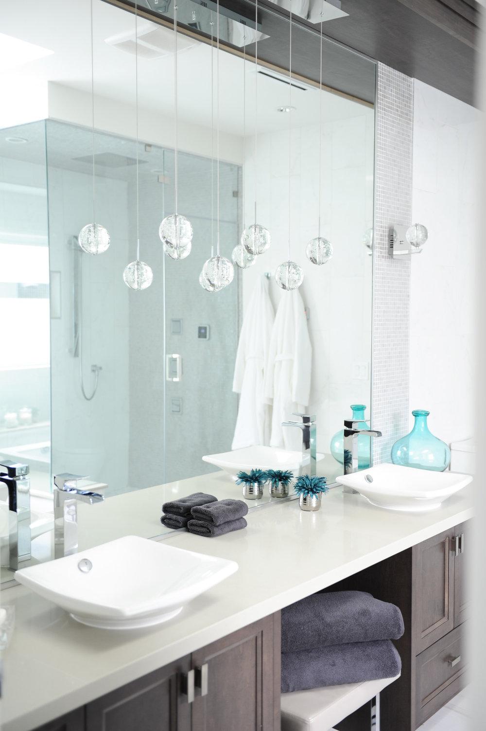 contemporary master bath vanity