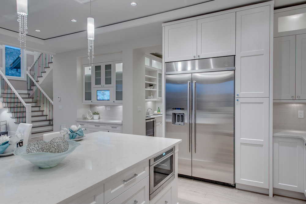 contemporary white kitchen