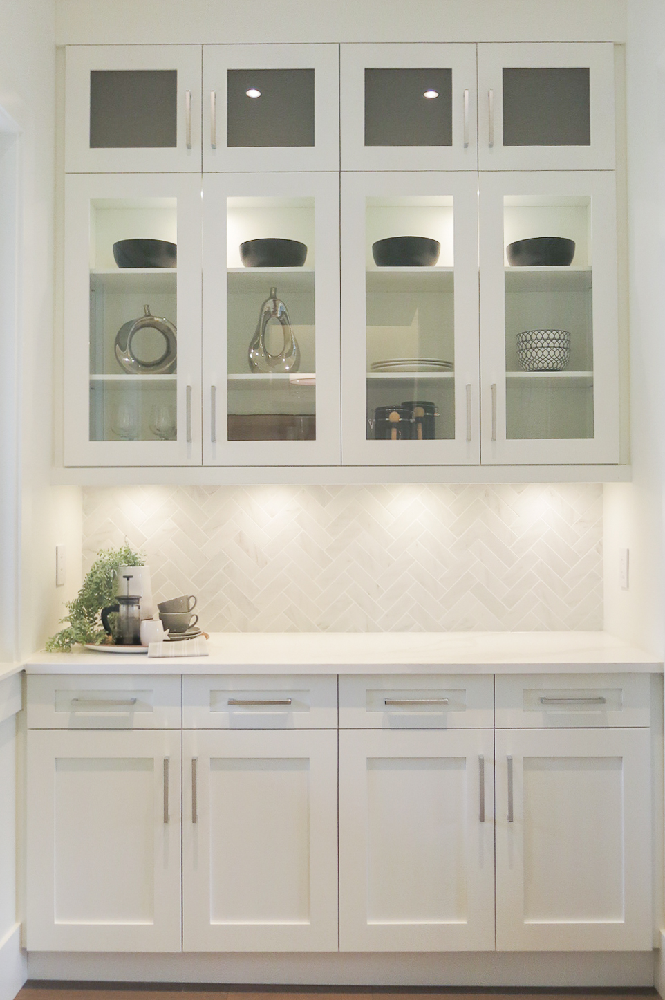 contemporary white cabinetry
