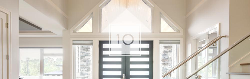 Contemporary high ceiling home entrance