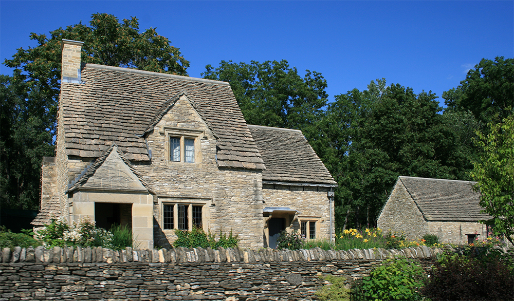 Cotswold Cottage moved from southwestern England.