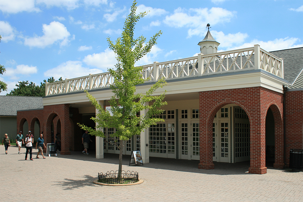 Visitors center at the park entrance.