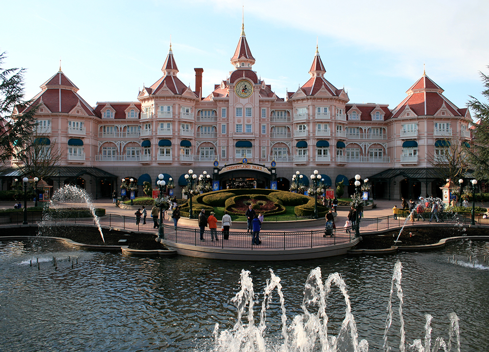 Disneyland Paris Hotel , 2008.
