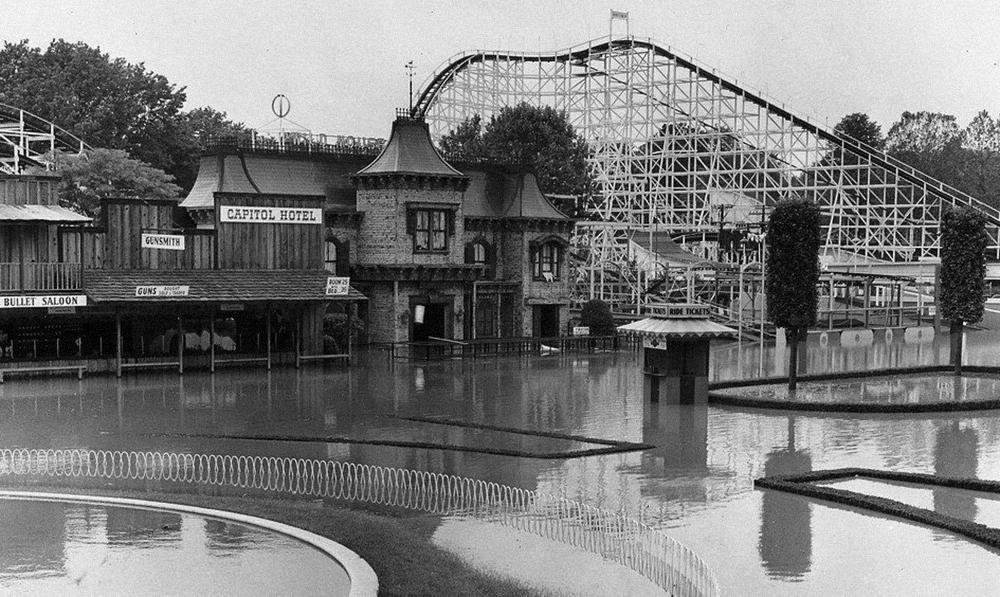 Cincinnati's Coney Island underwater, 1968.