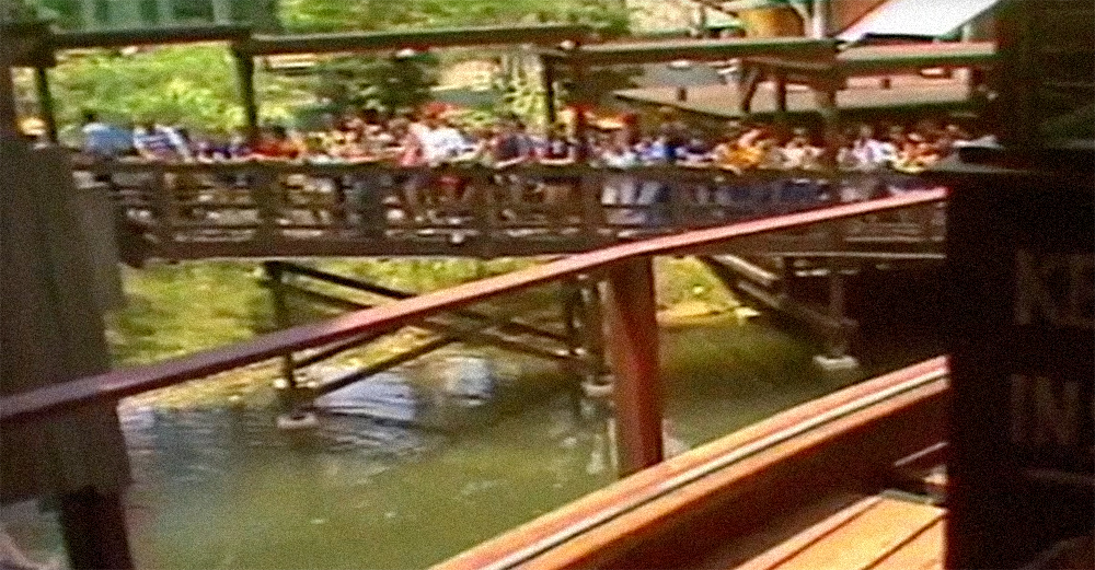 The queue for  The Beast  during its first season.