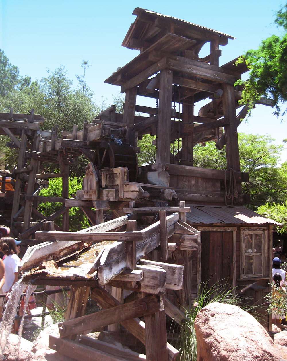 The queue at  Big Thunder Mountain Railroad , Disneyland, 2007.