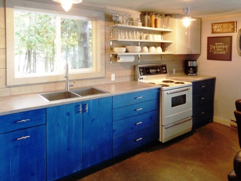 gary-wolfe-renovations-brockville-cottage-kitchen.jpg