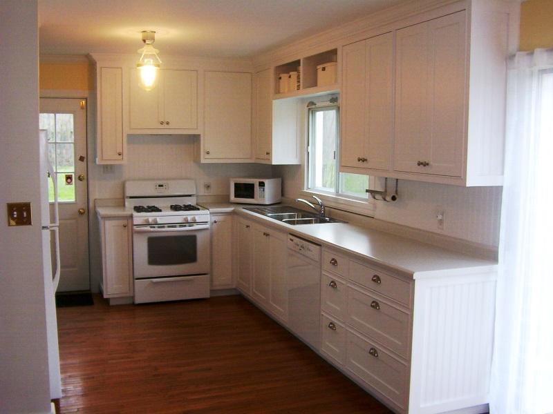 gary wolfe custom kitchen brockville.jpg