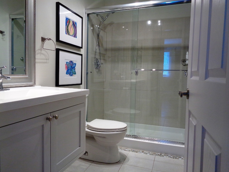 gary-wolfe-renovations-brockville-bathroom-shower-vanity.jpg