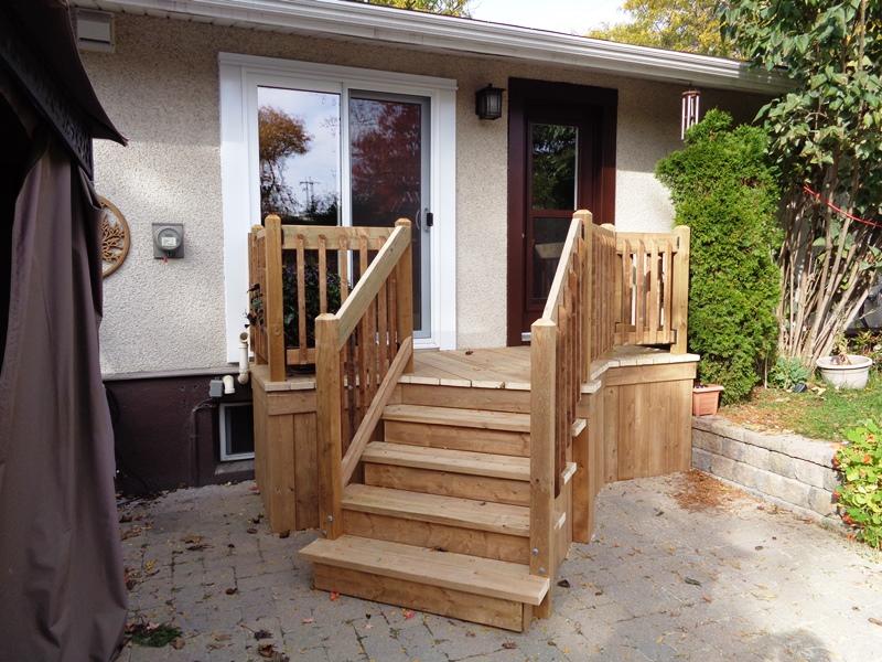Back porch deck ottawa gary wolfe renovations.JPG