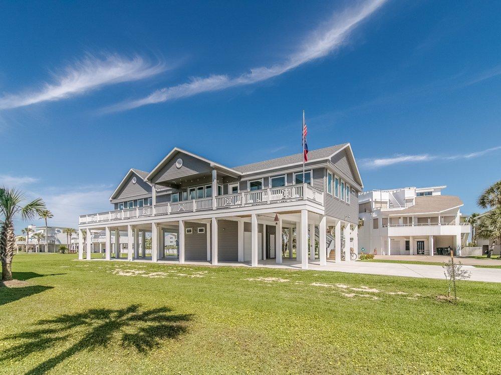 Pirates beach residence -