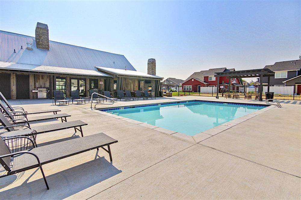 Stonesthrow-Living-pool.JPG