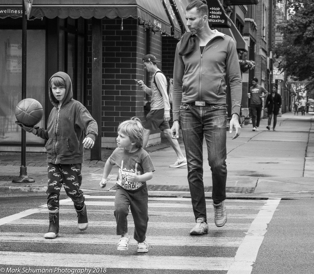 Street Photography_Chicago_Street Crossing_113018.jpg