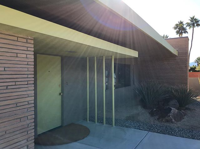 This mornings pick up was at this 1950's Herbert Burns home in Palm Springs. New store name coming soon with tons of great pieces! Keep your eyes out! #palmsprings #midcenturymodern #herbertburns