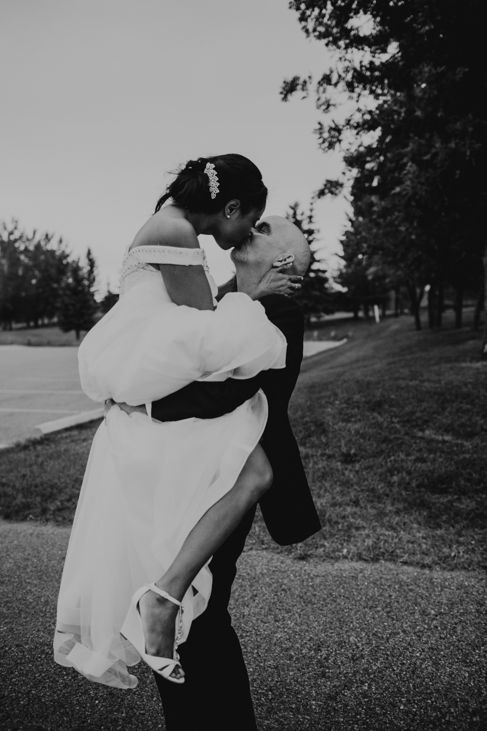 Click here to view Candice & Rod's Intimate Wedding
