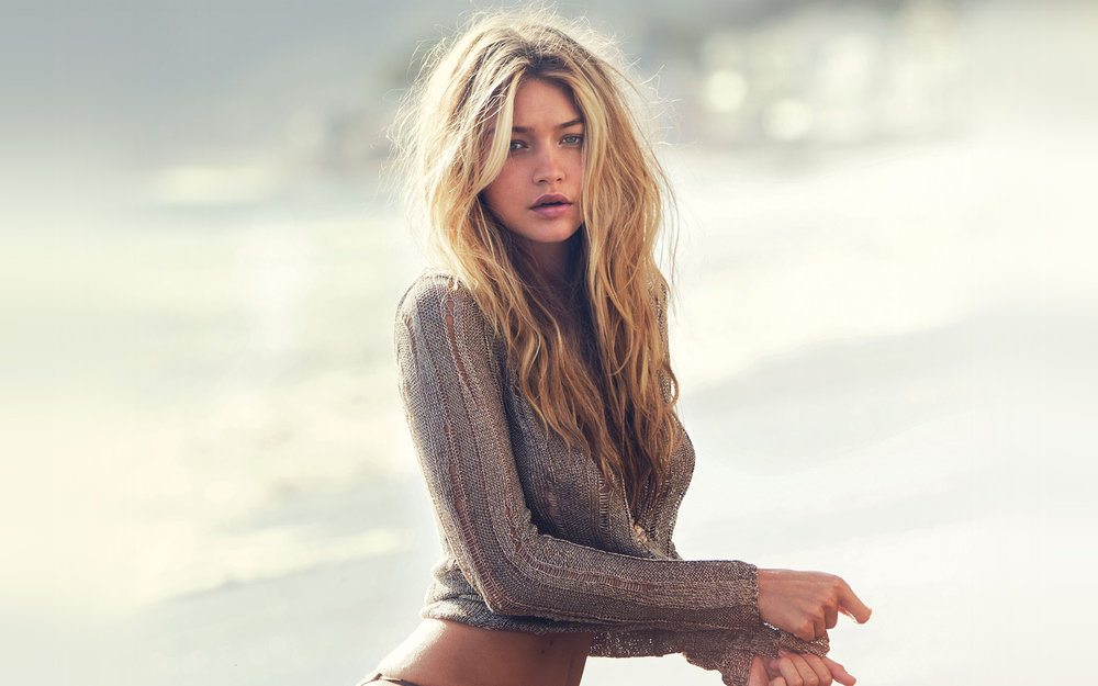 papers-co-hg38-guess-model-gigi-hadid-summer-sexy-22-wallpaper.jpg
