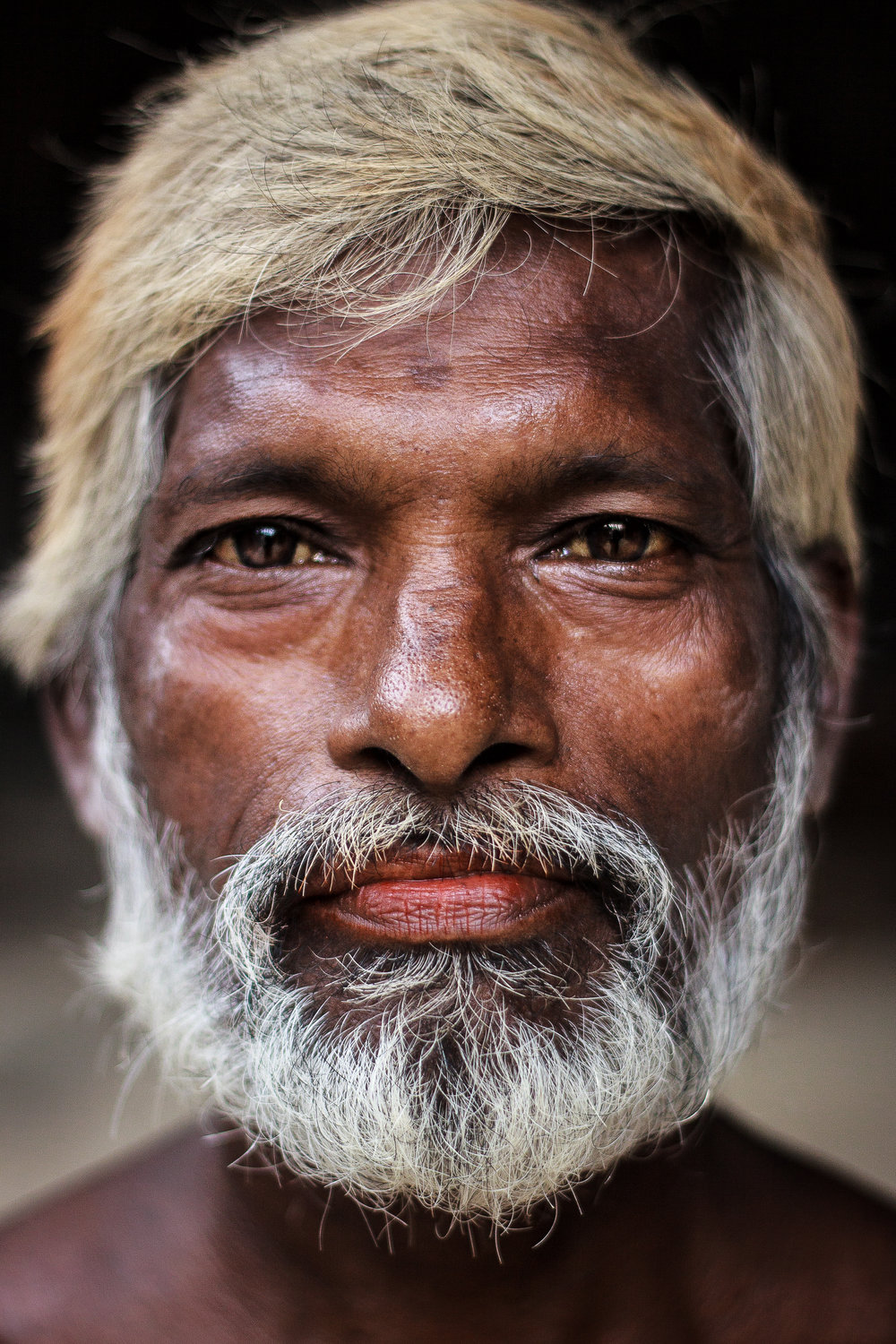 portrait of a construction worker in Jaffna - Sri Lanka