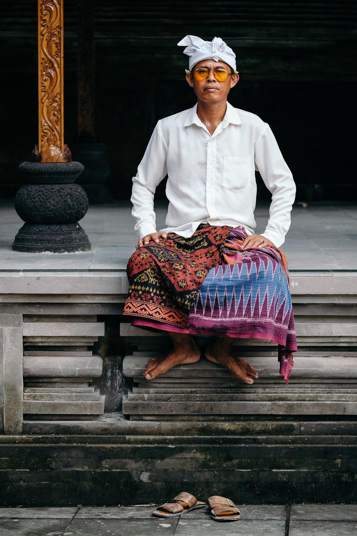 Tirta Empul Temple in Bali, Indonesia  Fujifilm X-E3 + Fujinon XF 80mm f/2.8 R LM WR OIS Macro  1/1000sec, f/2.8, ISO 400