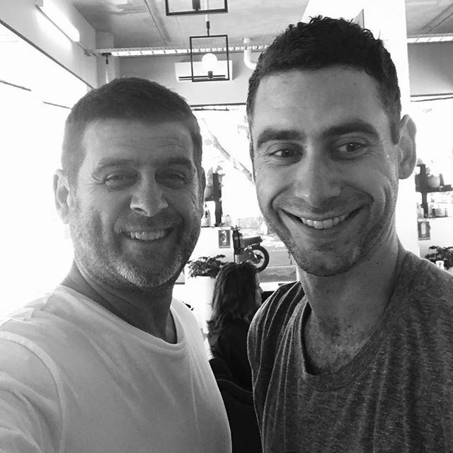 #peterpasulahair352malvernroad #tennis #hairstyles #aveda #makemyday  It  always makes my day when one of my son's takes time  to visit me . #cleanshave #prahran #wolfandi
