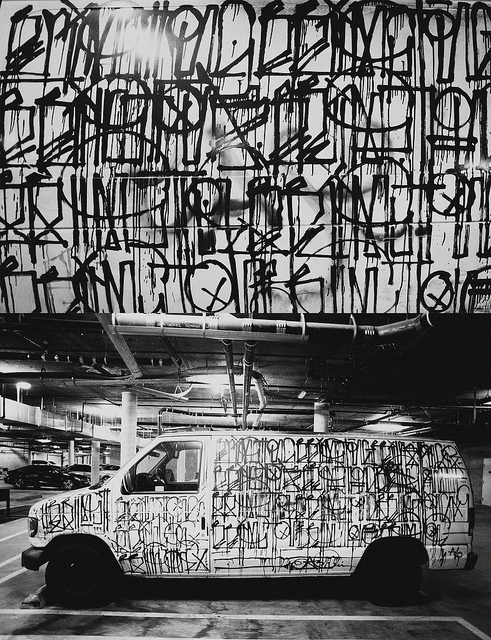 With a strong dialogue, - a fluid aesthetic and a deep personal identity interspersed throughout the works, Retna is touching those from every background. With his work being renowned as predominantly more verbal than visual, we're all at a place of decoding to reach the most intimate parts of what Retna is working to share with us. He has told us that the stories are memories, conversations and even reactions to other written dialogue. Ranging from scripts including Spanish curses his mother called him when he was being a troublesome child through to contemplating the presence of death in our lives and honouring those who have passed away.